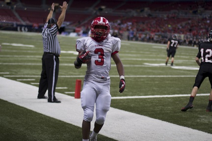 Storify: The undefeated Pioneers win class five state championship