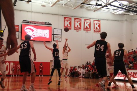 Photo gallery: boys' varsity basketball vs Rockwood Summit