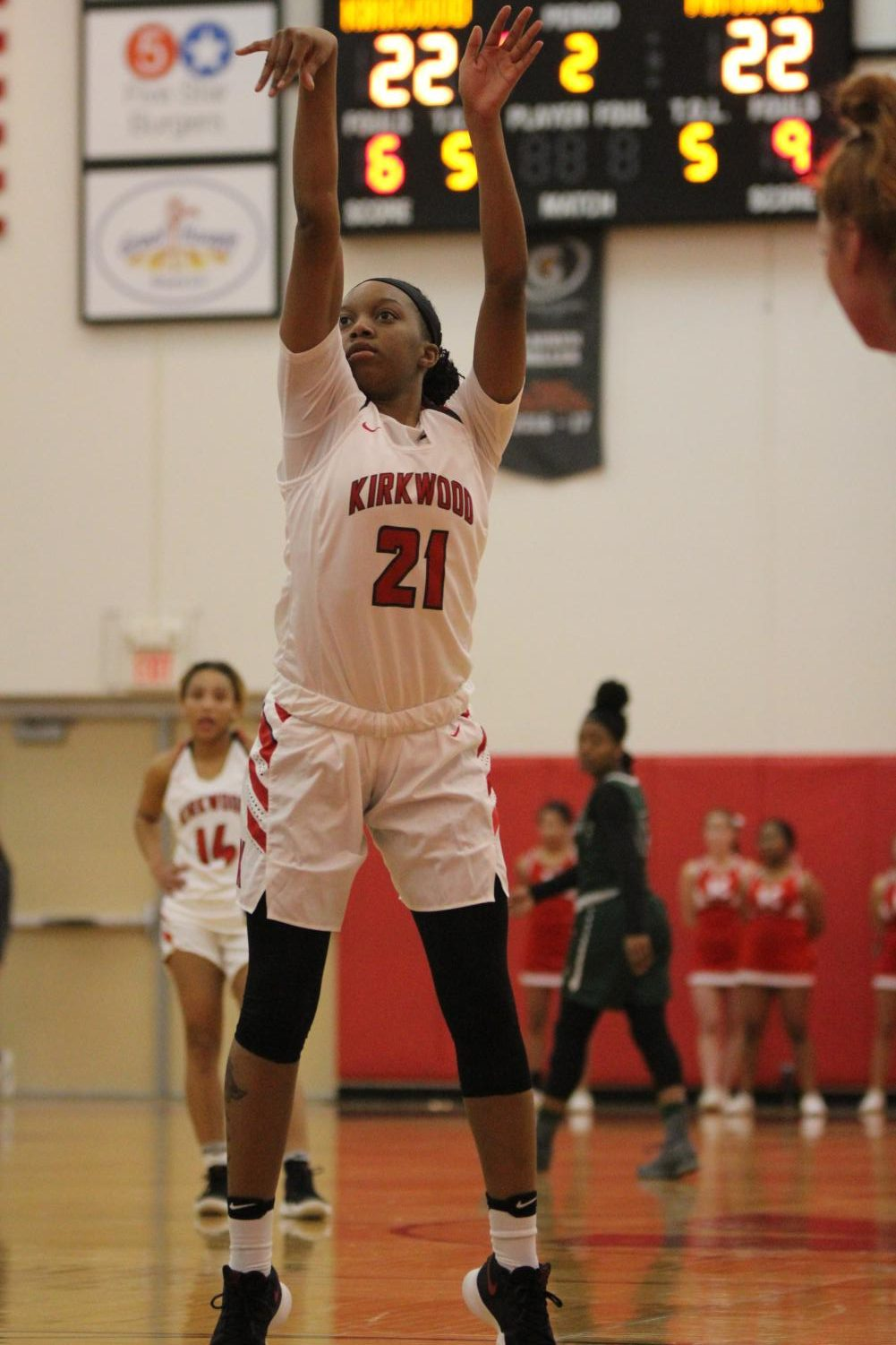 Jaidah+Stewart%2C+senior%2C+shoots+a+free+throw.+
