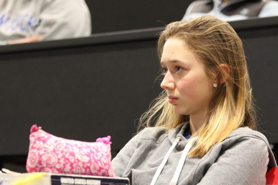 Julia+Smotkin%2C+sophomore%2C+listens+to+the+speakers+and+her+peers.+%22I+think+my+biggest+takeaway+from+learning+about+all+of+this+is+probably+just+all+of+the+warning+signs+and+just+keeping+that+in+the+back+of+your+head+when+you%27re+in+a+relationship+and+whenever+you%27re+really+interacting+with+anyone%2C%22+Smotkin+said.+%22%5BThey%27re%5D+just+good+indicators+as+to+%5Bwhether%5D+the+situation+you%27re+in+is+healthy+and+appropriate.%22