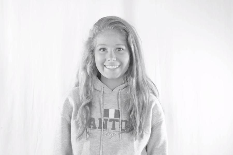 Senior+profiles%3A+Hannah+Santoni