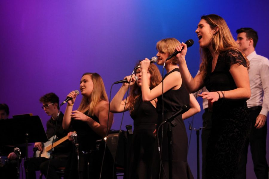 The+choirs+and+jazz+band+performed+after+the+event+being+delayed+due+to+a+snow+day.+%22We+all+went+into+%5Bthe+concert%5D+feeling+nervous%2C%22+Mary+Cleary%2C+senior%2C+said.+%22But+I+think+given+the+circumstances+we+all+did+really+well.+I+think+we+definitely+rose+to+the+occasion+of+an+unfortunate+situation.%E2%80%9D+