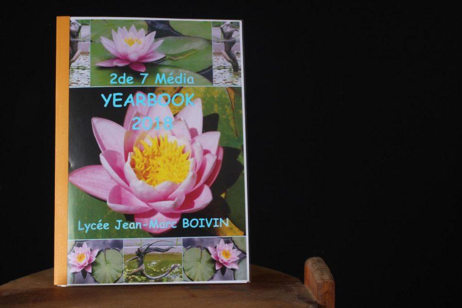 Pioneer yearbook inspires yearbook in France