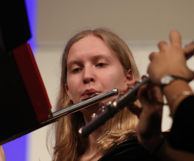 Kelsey+Loving%2C+sophomore%2C+plays+her+flute.+