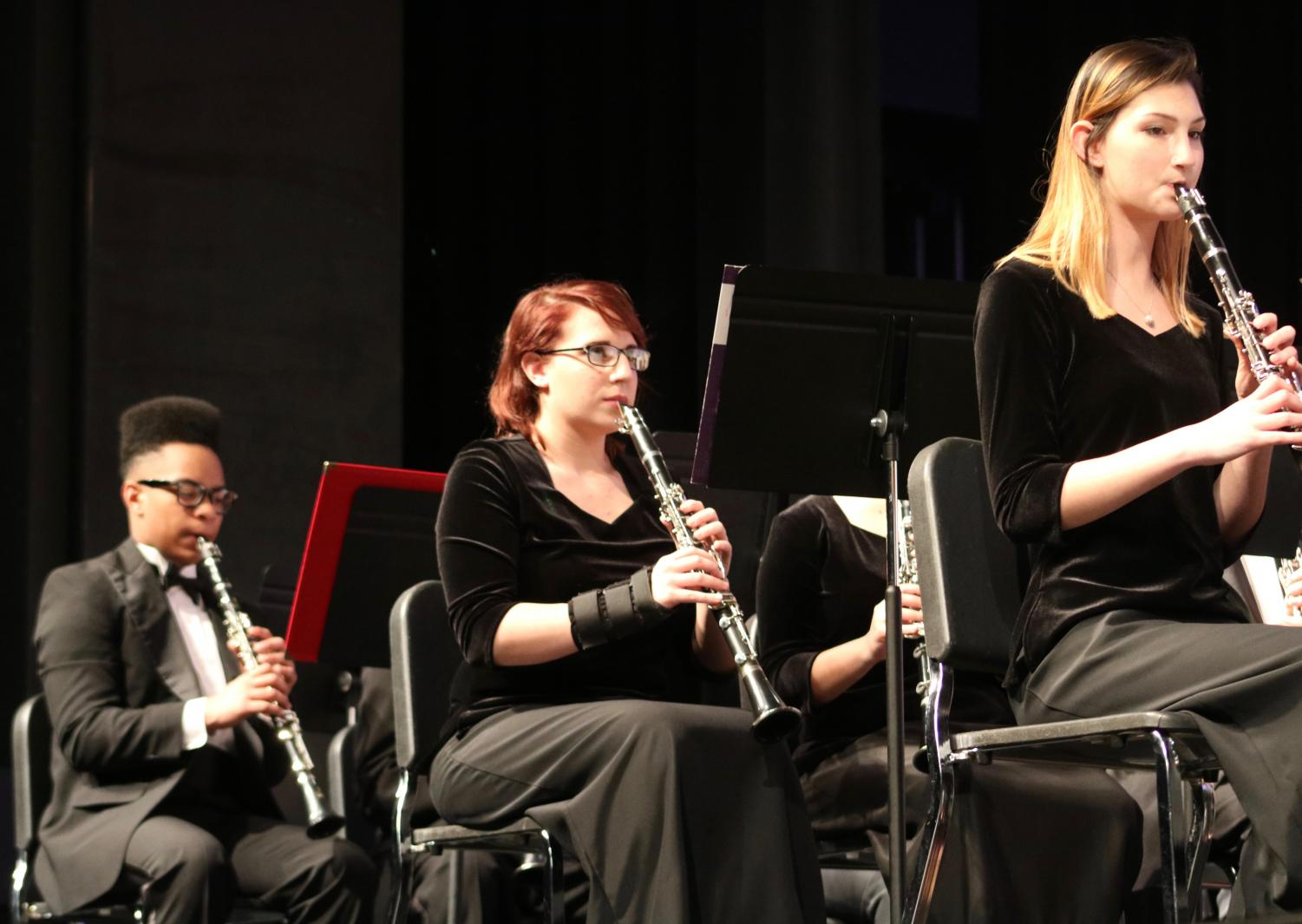KHS+woodwind+band+members+perform+a+song.