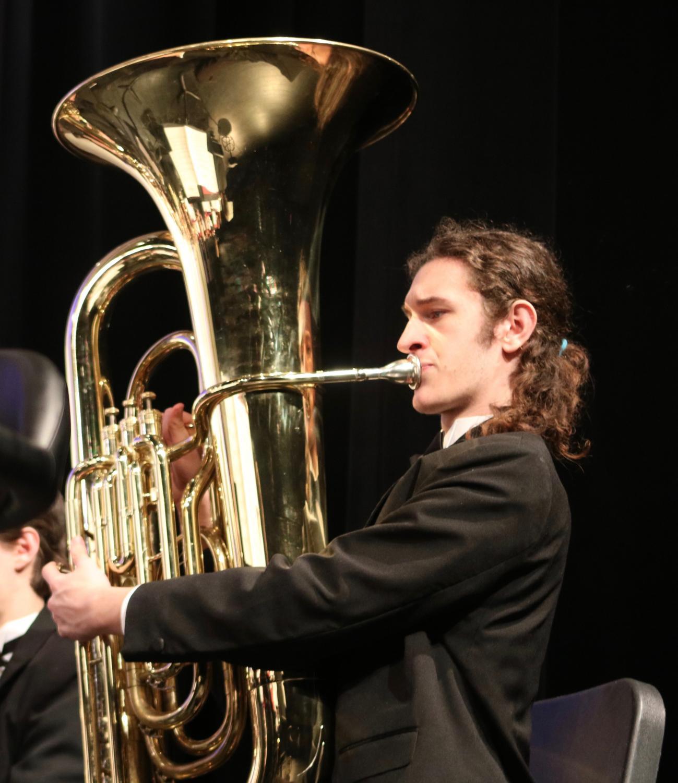 Doug+Glasgow%2C+senior%2C+plays+his+tuba.