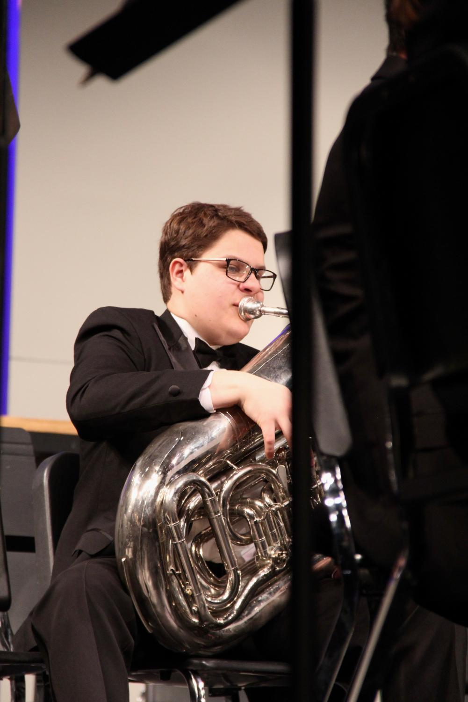 Nathan+Hopkins%2C+sophomore%2C+plays+his+tuba.