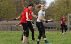 Photo gallery: women's ultimate frisbee practice 4/13/19