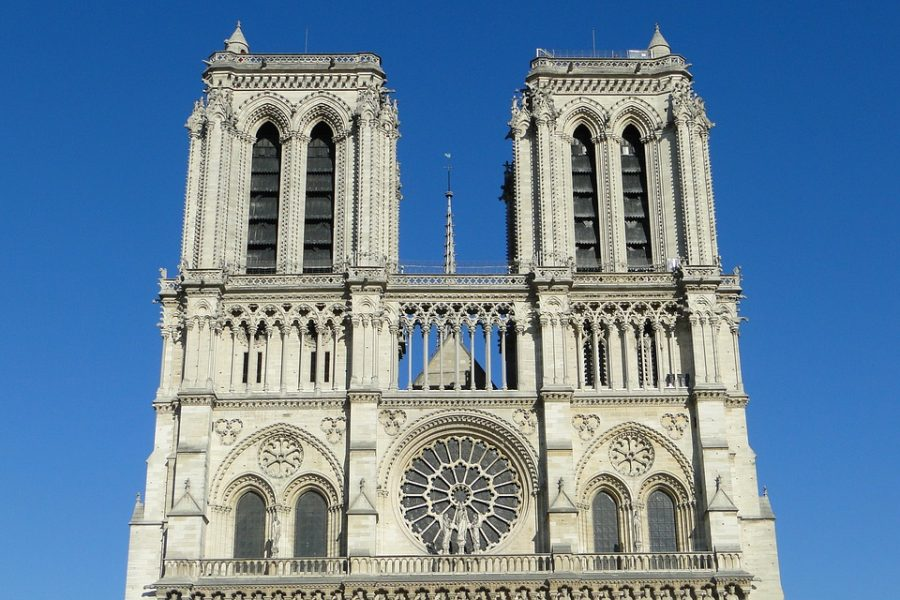 At+12%3A43+p.m.+on+Monday%2C+April+15%2C+Paris+authorities+were+alerted+of+a+fire+alarm+in+the+historic+Notre+Dame+cathedral.+
