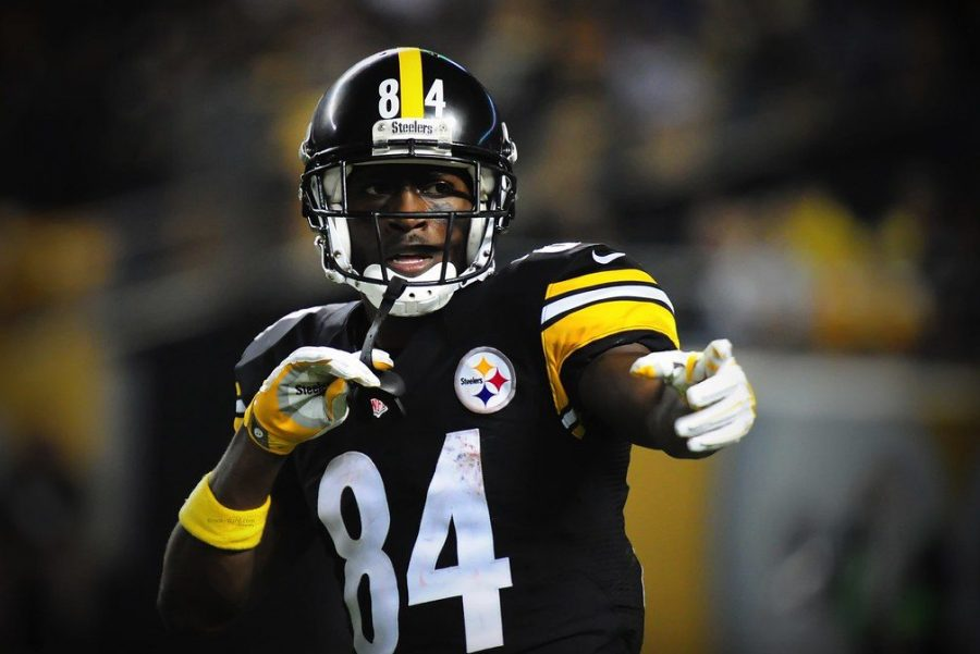 Antonio Brown used to be one of the best wide receivers in football, but now he no longer plays in the NFL.