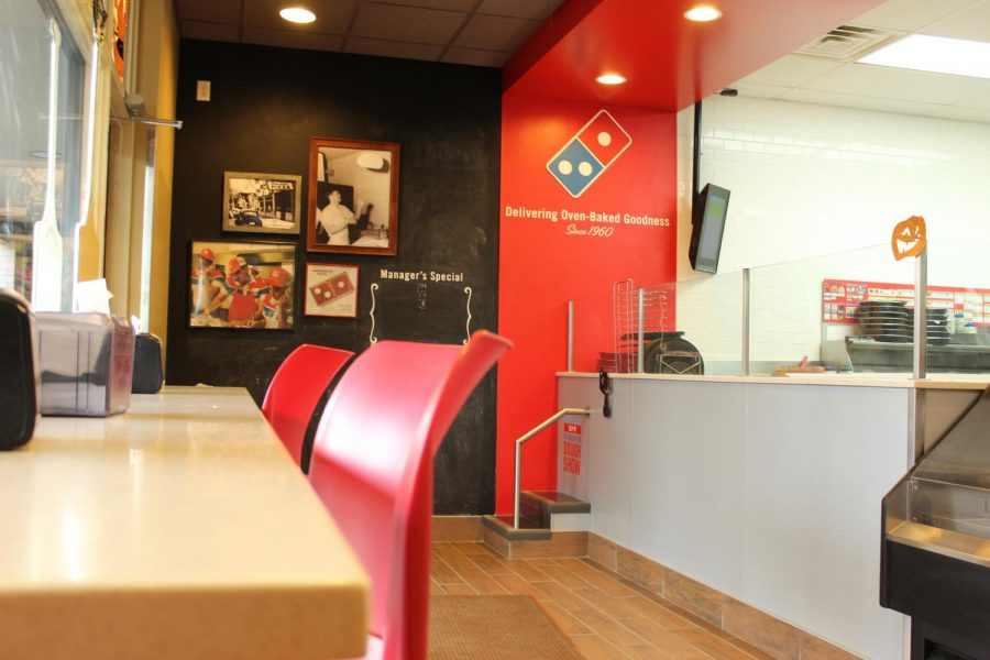 Dominos%2C+located+on+Kirkwood+road%2C+offers+build+your+own+pizza+options.
