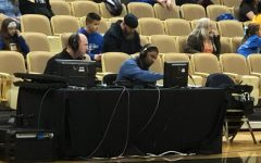 From the court to the press booth: Gunn broadcasts on ESPN3