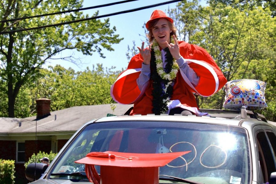 Photo Gallery: 2020 Senior Parade May 9